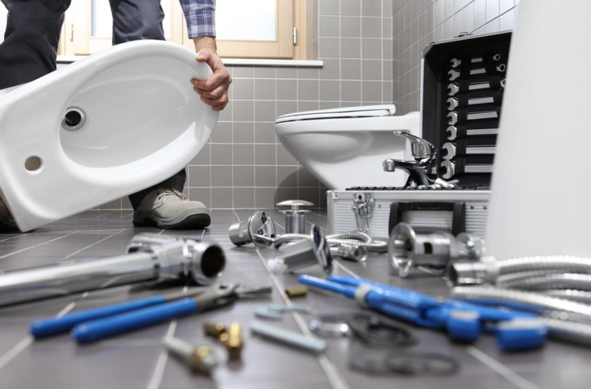 Signs You Need A Bathroom Repair
