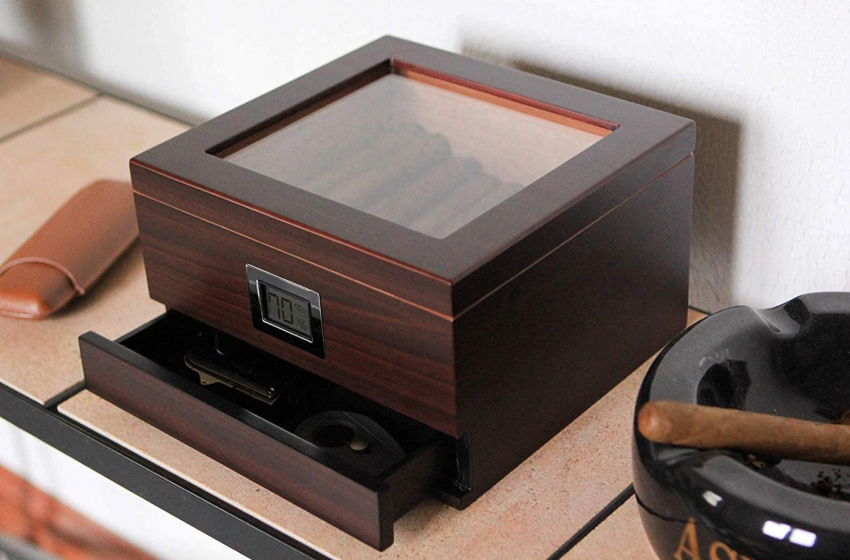 3 things to Consider Purchasing humidors Online