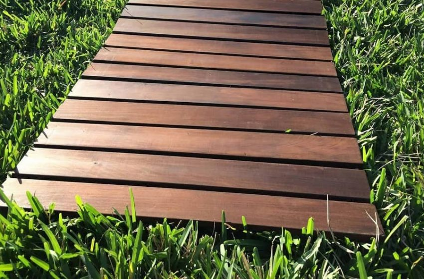 Start To Comfortably Enjoy The Outdoors With Roll Floor